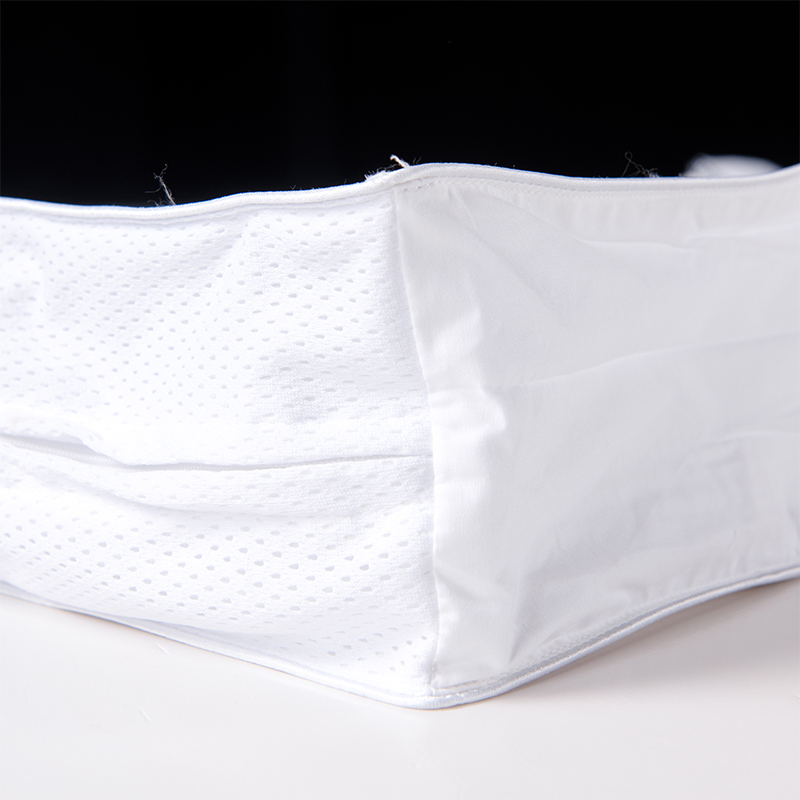 ORT5MM3:Cotton Pillow Shell With Inner And Outer Mesh Baffle