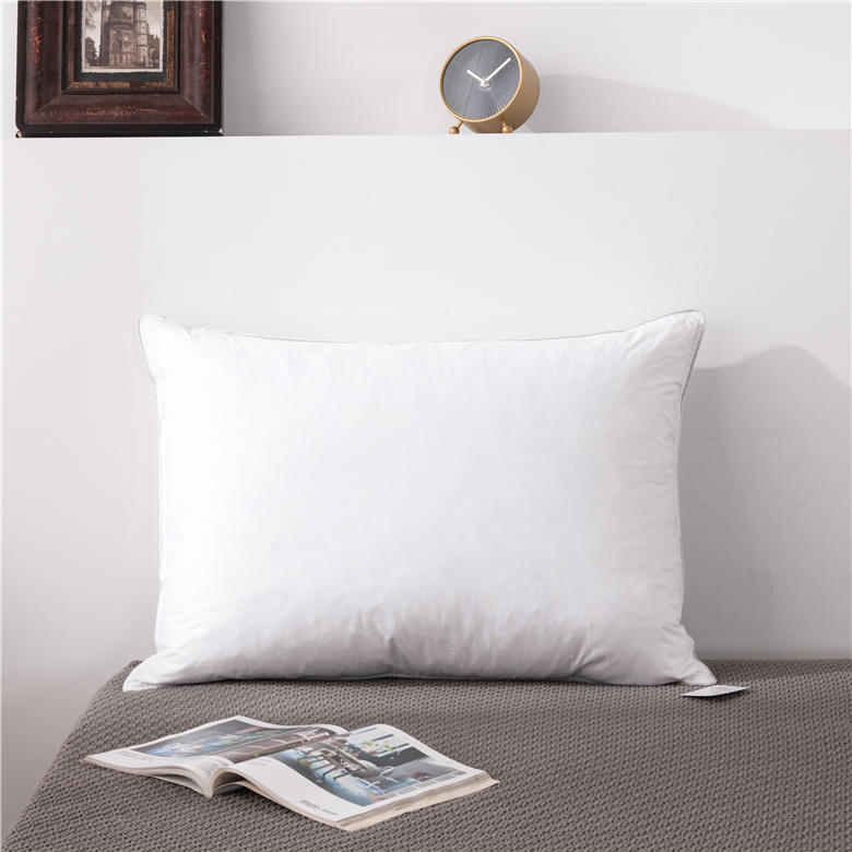 ORT1KL5:Feather pillow(BSCI OKO DOWNPASS RDS)