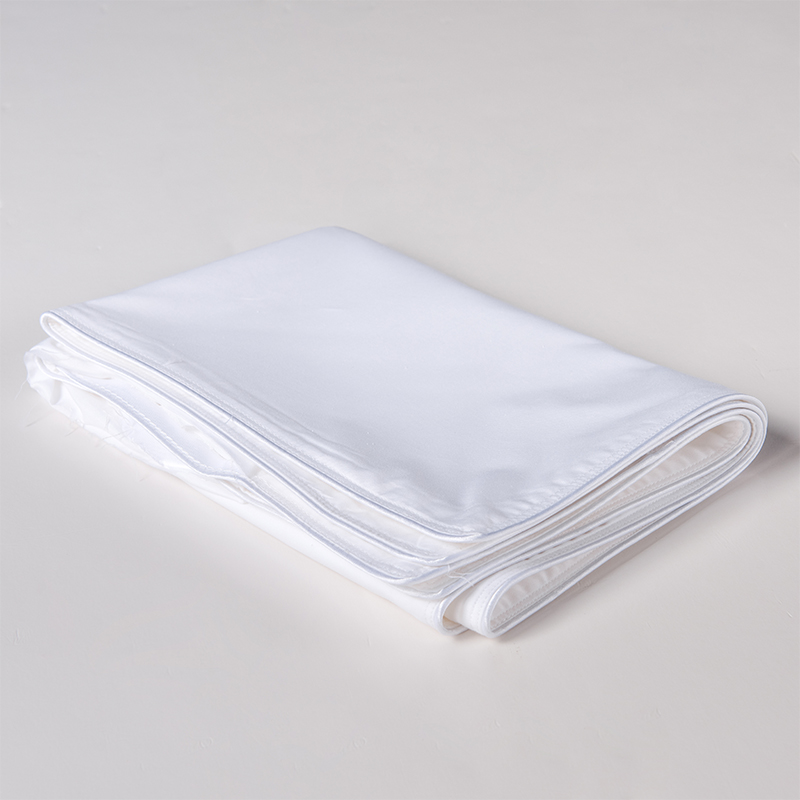 ORT5MM5:Cotton Pillow Shell With Double Stitching And Satin Piping