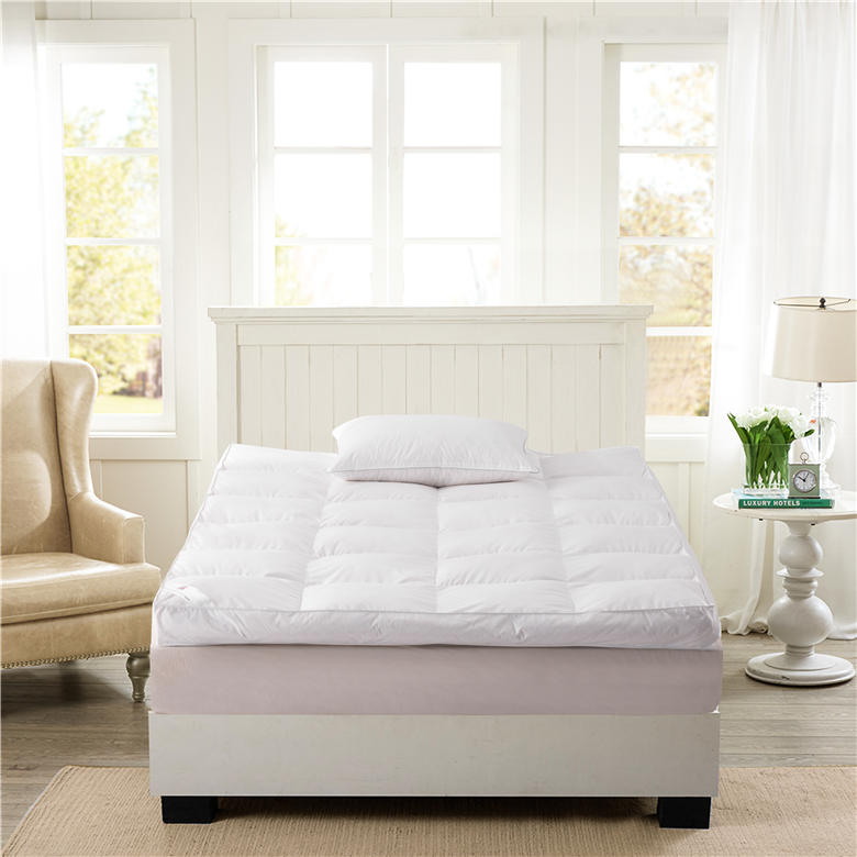 ORT1KL4:Feather mattress protector(BSCI OKO DOWNPASS RDS)