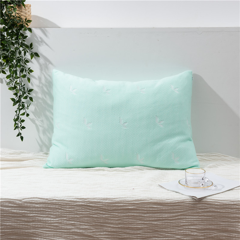 ORT2LY09 tencel pillow (OKO BSCI)