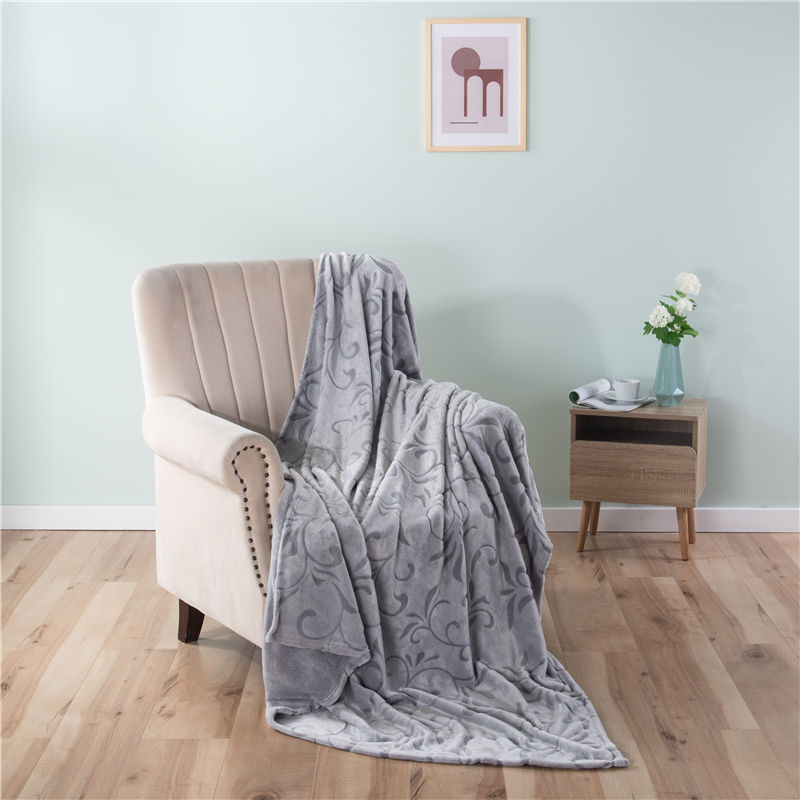 ORT3LY15 back print cutting flannel blanket (OKO BSCI)